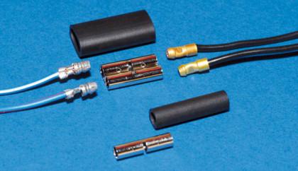 Original Lucas-Stecker und Kabelmaterial