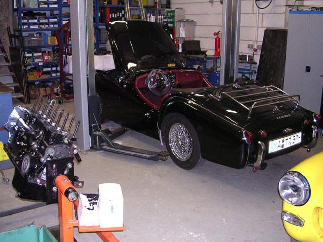 Triumph TR3 in der Werkstatt