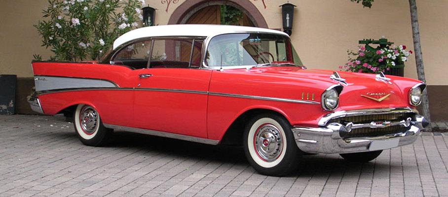 Chevrolet Rot seitlich