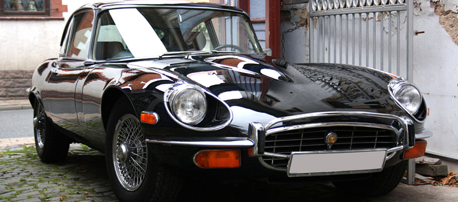Jaguar E Type black